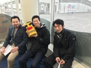 ラジオ番組に出演した小西部長㊨、雲雀副部長㊥、藤嶋副部長㊧
