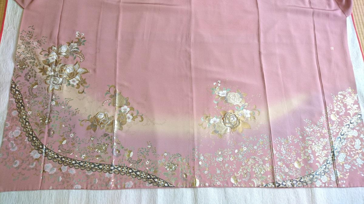 ローズバラ刺繍